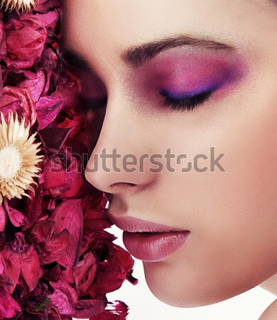 Cute brunette fleurs fille mode yeux Photo stock © konradbak