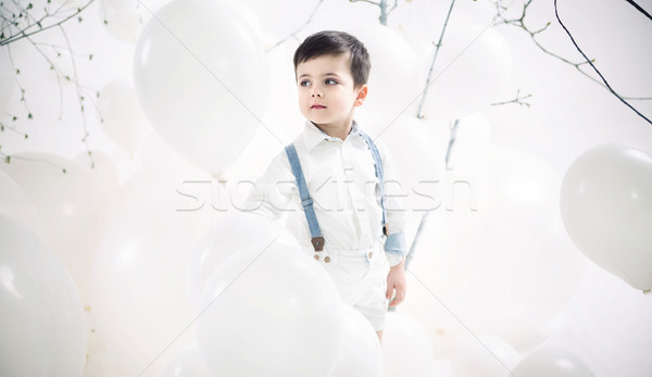Portret cute jongen ballonnen weinig bloem Stockfoto © konradbak