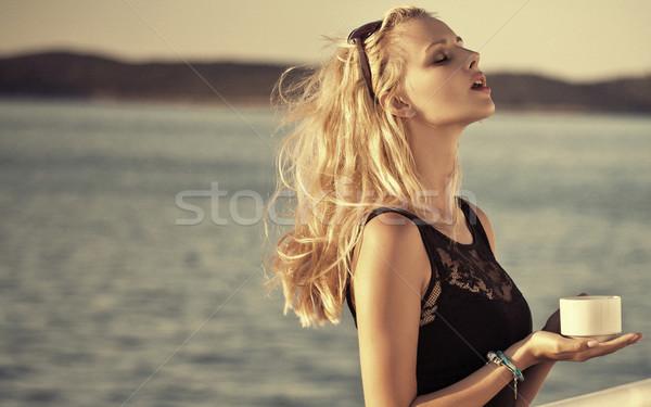 官能的な 魅力のある女性 ボード 魅力的な 女性 ストックフォト © konradbak
