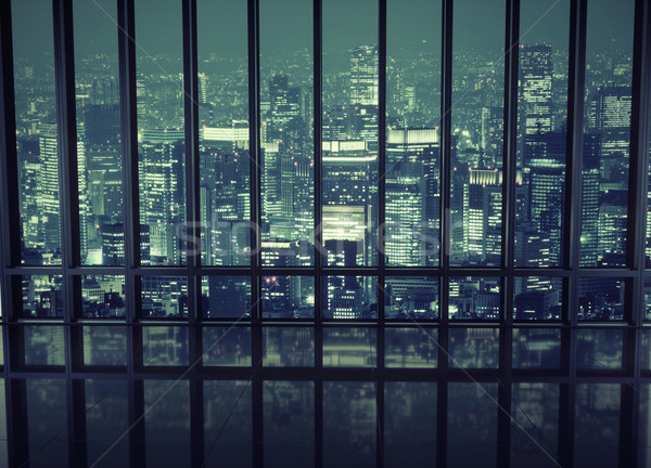 Ver noite cidade céu escritório Foto stock © konradbak