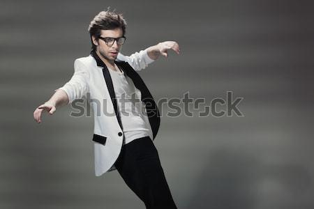 Porträt schöner Mann Mode Haar Hintergrund Männer Stock foto © konradbak