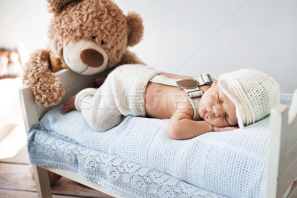 Zdjęcia stock: Mały · baby · snem · miś · dziecko