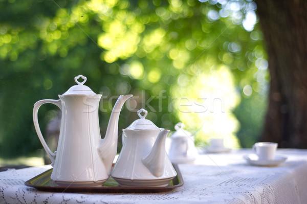 Mesa de café jardim amor grama café verde Foto stock © konradbak