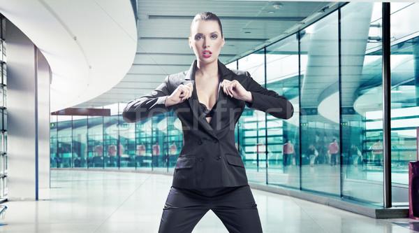 Lenyűgöző barna hajú szépség üzlet nő lány Stock fotó © konradbak