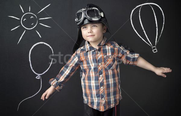 Mały mądry chłopca pilota człowiek dzieci Zdjęcia stock © konradbak