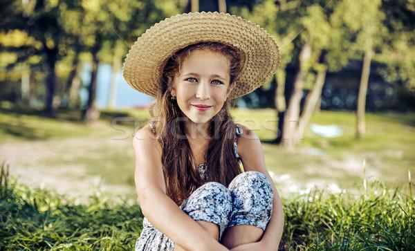 Wesoły dziewczyna świeże lata trawnik Zdjęcia stock © konradbak