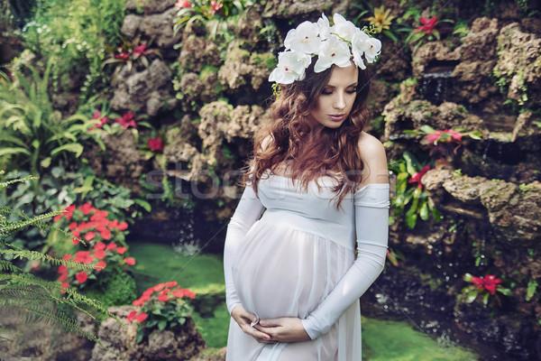 Képzőművészet portré terhes nő csinos virágok baba Stock fotó © konradbak