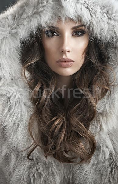 Portre zarif kadın kürk bayan Stok fotoğraf © konradbak