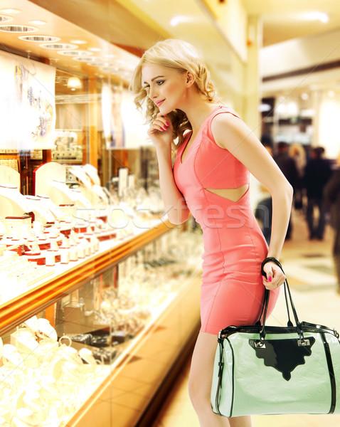 Foto stock: Mujer · tienda · ventana · mujer · bonita · sonrisa · modelo