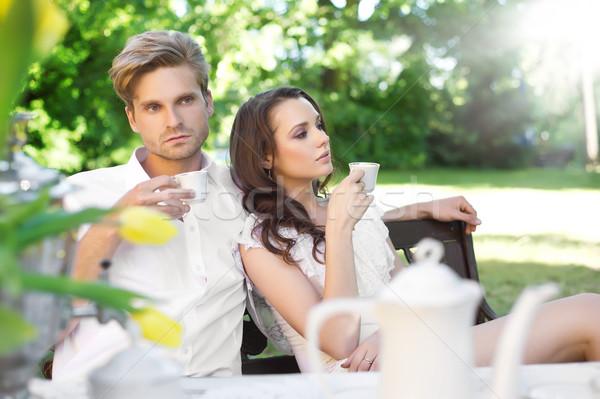 Almoço jardim mulher família Foto stock © konradbak