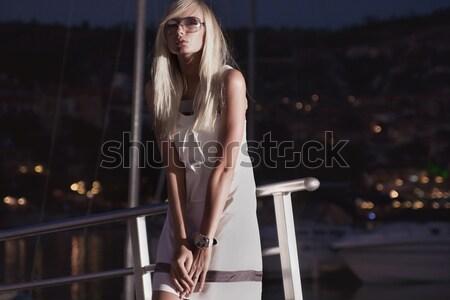 Sorprendido mujer cocina noche femenino lencería Foto stock © konradbak