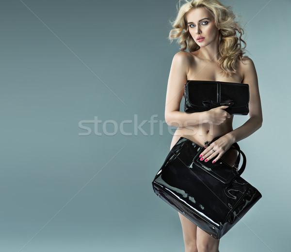 Verlockend Dame versteckt sexy Körper sinnliche Stock foto © konradbak
