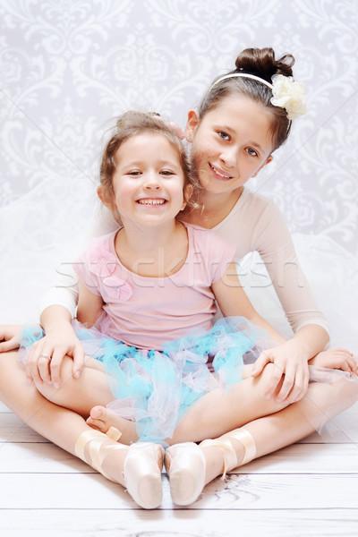 Cute sorelle balletto prova giovani ragazza Foto d'archivio © konradbak