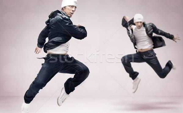 Hip hop dansçı atlama adam dans moda Stok fotoğraf © konradbak