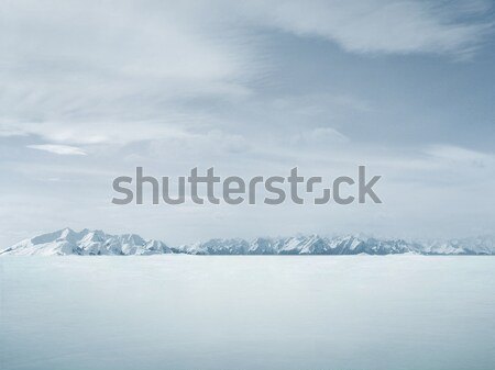 Belle hiver espace de copie neige fond montagne Photo stock © konradbak