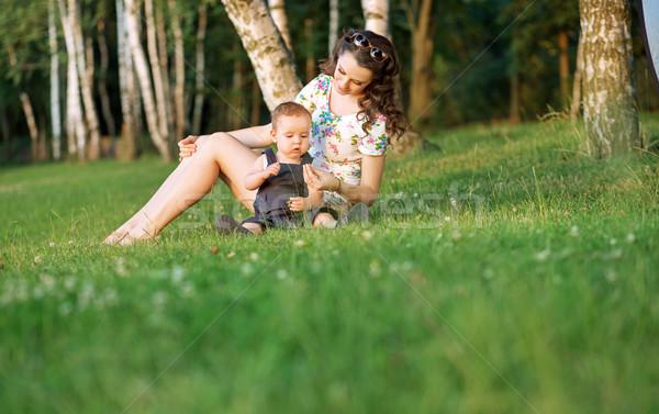 Anya néz baba kicsi nő család Stock fotó © konradbak