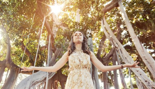 Bella signora foresta pluviale pretty woman donna primavera Foto d'archivio © konradbak