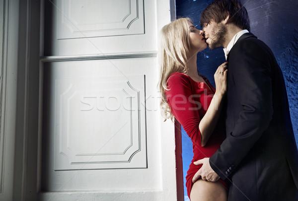 Jóképű férfi csinos hölgy jóképű fickó szeretet Stock fotó © konradbak