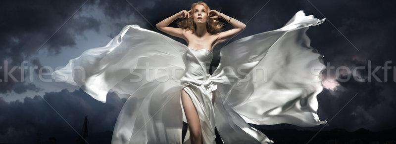 Foto d'archivio: Bella · donna · posa · notte · modello · nero · giovani