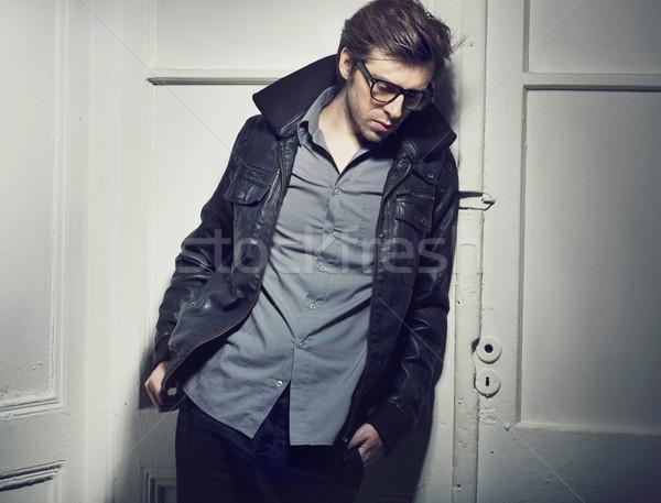 Sessiz üzücü adam kafa tok düşünceler Stok fotoğraf © konradbak