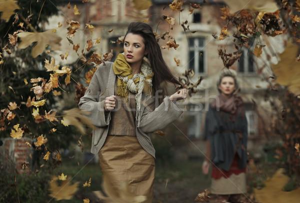 Deux jeunes dame femme main yeux Photo stock © konradbak
