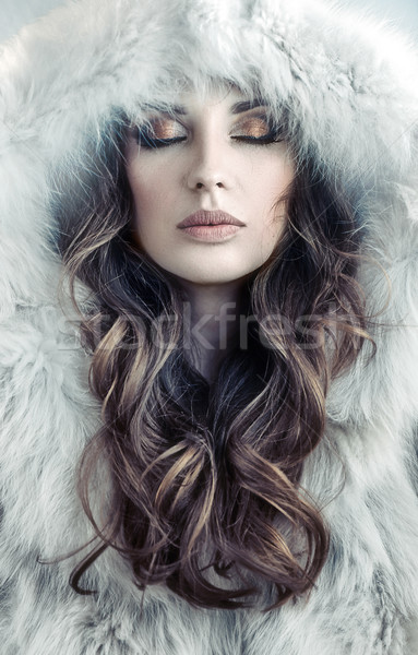 Retrato sedutor jovem senhora inverno fresco Foto stock © konradbak