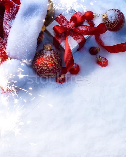 Művészet karácsony piros dísz ajándék doboz hó Stock fotó © Konstanttin