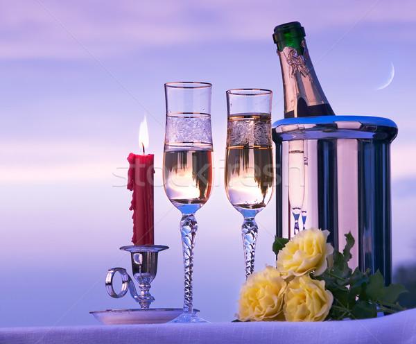 Stok fotoğraf: Sanat · mutlu · romantik · akşam · yemeği · şarap · gökyüzü