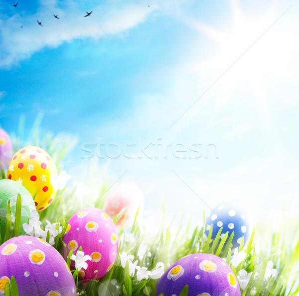 Foto stock: Arte · ovos · de · páscoa · decorado · flores · grama · blue · sky