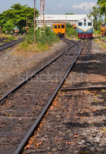 Elettrici treno motore diesel rurale stazione auto Foto d'archivio © koratmember