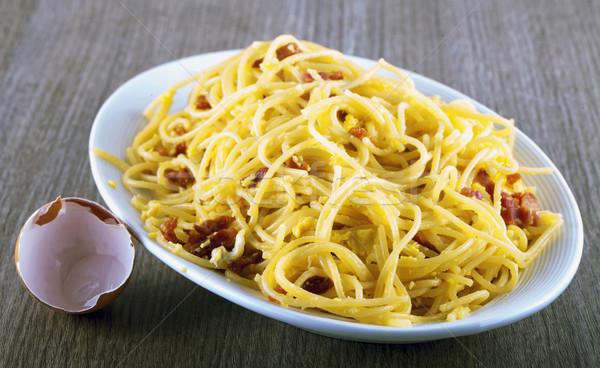 Pasta typisch Italiaans schotel lege eierschaal Stockfoto © Koufax73