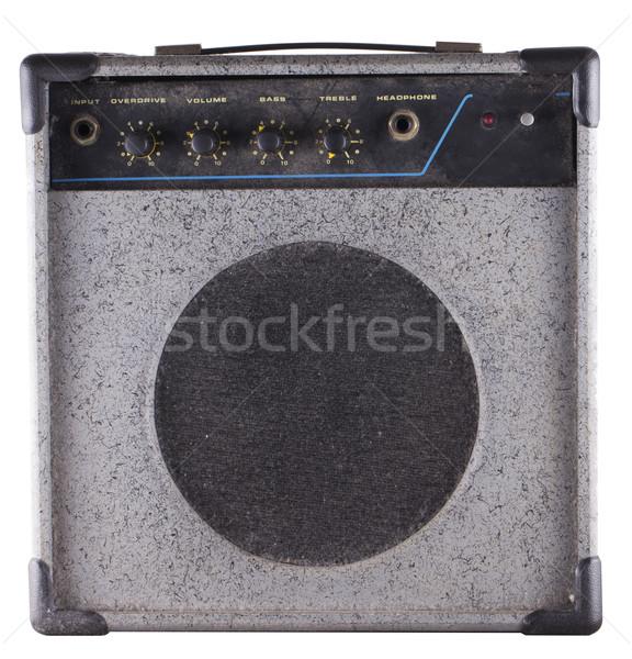 Vecchio amp piccolo polveroso chitarra bassi Foto d'archivio © Koufax73