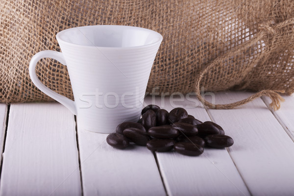Kahve beyaz ahşap kahve fincanı fasulye yatay Stok fotoğraf © Koufax73