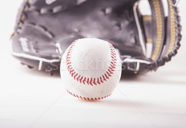 Beysbol beyzbol eldiveni geri beyaz arka plan top Stok fotoğraf © Koufax73
