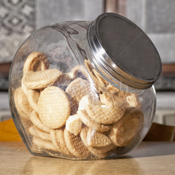 Biscuits glas vol keukentafel voedsel achtergrond Stockfoto © Koufax73