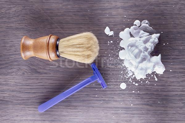 Foam, razor and brush Stock photo © Koufax73