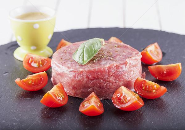 Brut viande tomates noir pierre plaque Photo stock © Koufax73