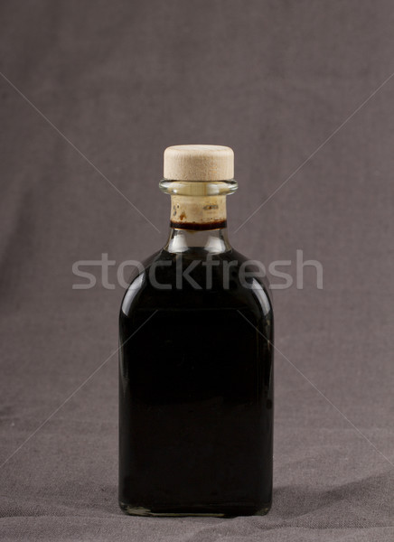 Vinagre balsâmico elegante garrafa marrom cozinha Óleo Foto stock © Koufax73