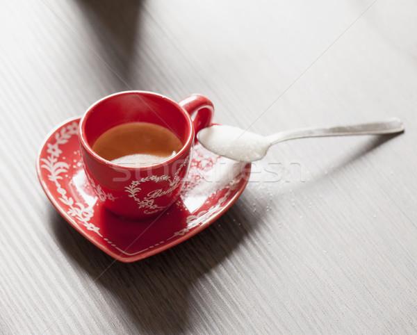 кофе красный Кубок деревянный стол горизонтальный изображение Сток-фото © Koufax73