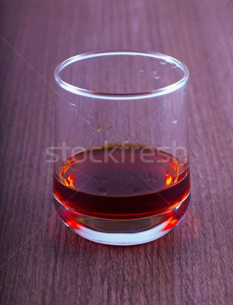 Szeszes ital üveg fa asztal jég asztal ital Stock fotó © Koufax73