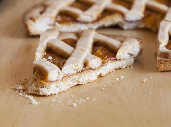 Torta madera mesa de madera horizontal imagen alimentos Foto stock © Koufax73