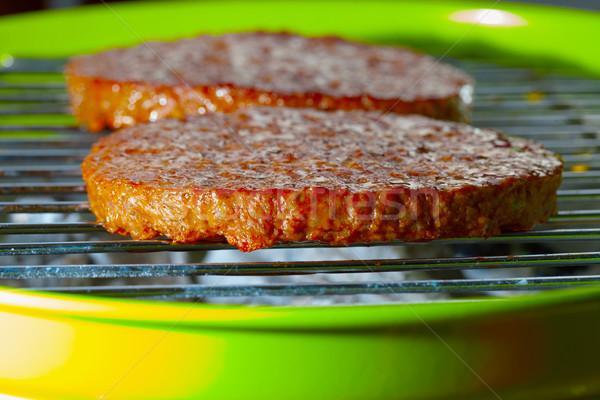 Hamburger ızgara yeşil bbq yaz Stok fotoğraf © Koufax73