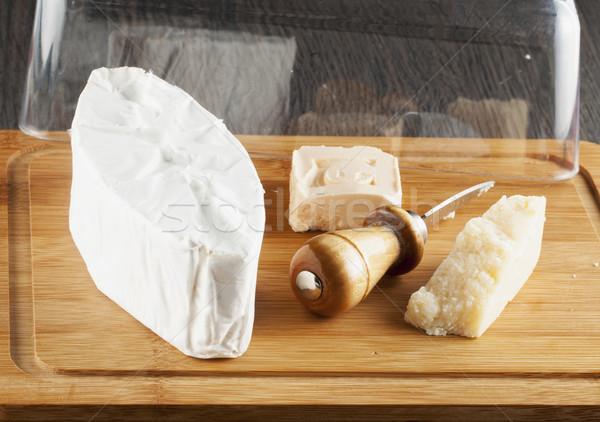 Peynir üç ahşap yatay görüntü Stok fotoğraf © Koufax73