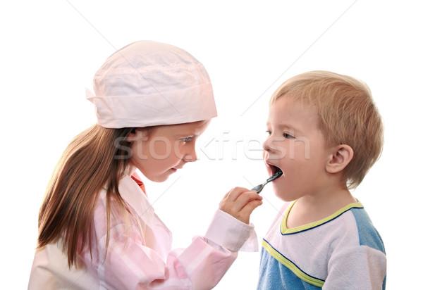 Oyun erkek kız oynama doktor gülümseme Stok fotoğraf © krugloff