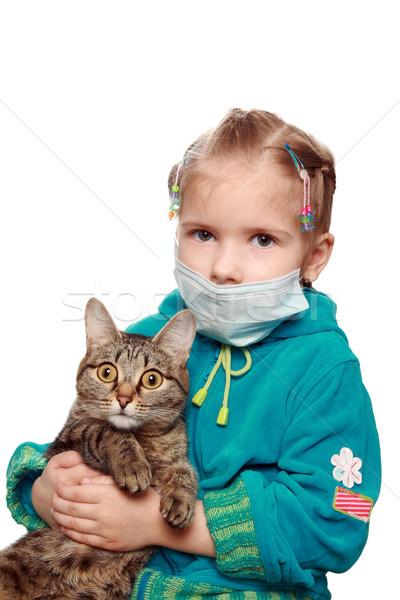 Szomorú beteg lány macska kíváncsi kezek Stock fotó © krugloff