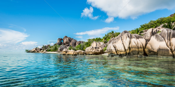 Playa Seychelles fuente isla agua Foto stock © kubais