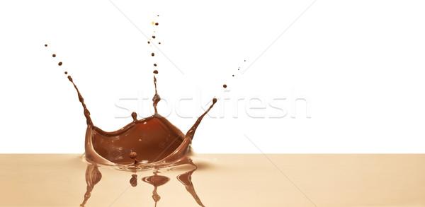 çikolata sıçrama yalıtılmış beyaz taç Stok fotoğraf © kubais