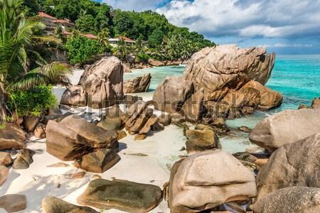 Tengerpart Seychelle-szigetek LA sziget égbolt víz Stock fotó © kubais