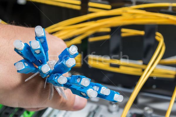 Ottico fibra cavi mano amministratore Foto d'archivio © kubais