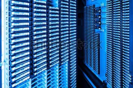 центр обработки данных хранения интернет комнату двери сервер Сток-фото © kubais